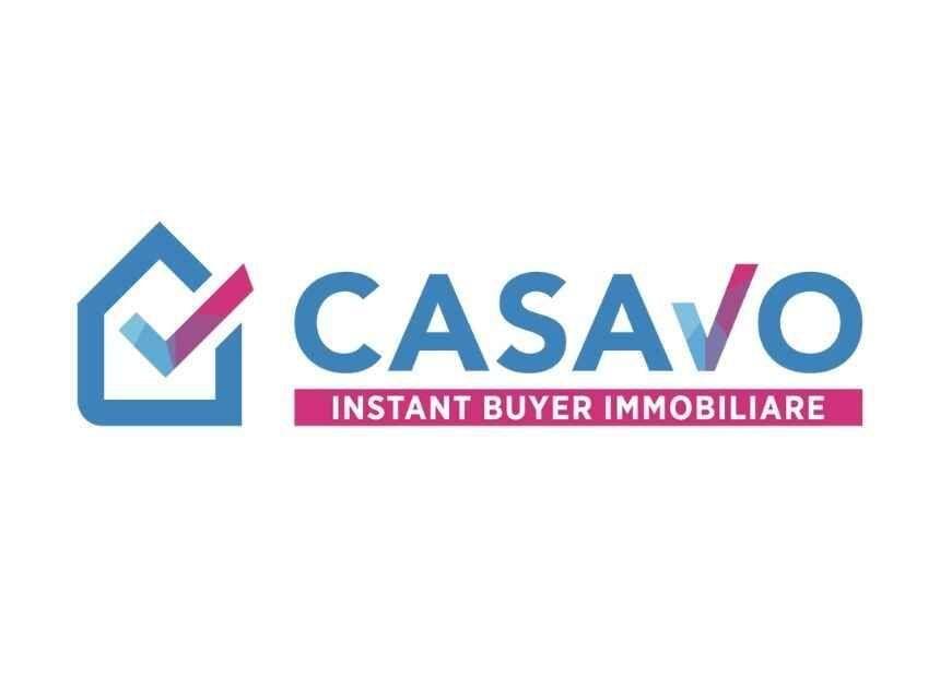 """<p><strong><a href=""""https://casavo.it/"""" target=""""_blank"""">Casavo</a> </strong>&egrave; una startup che opera nel settore immobiliare e ha sviluppato un modello di business innovativo e unico: una piattaforma tecnologica che garantisce di acquisire direttamente l&rsquo;immobile di chi vuole vendere la propria casa in pochi giorni.&nbsp;</p>"""