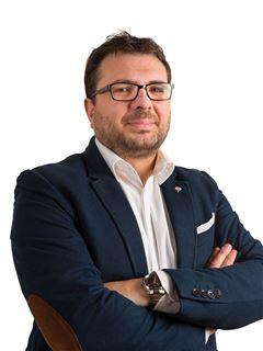 Massimiliano Bruzzese