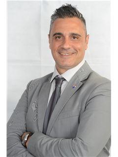 Alfio Castro