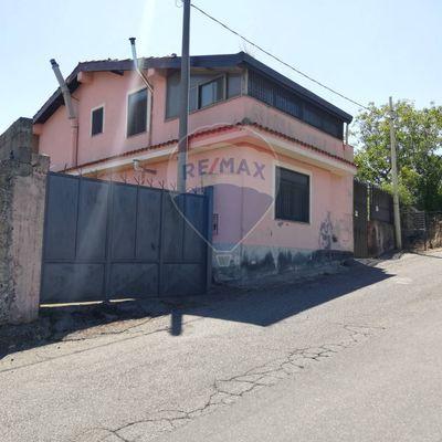 Villa singola Castiglione di Sicilia, CT Vendita