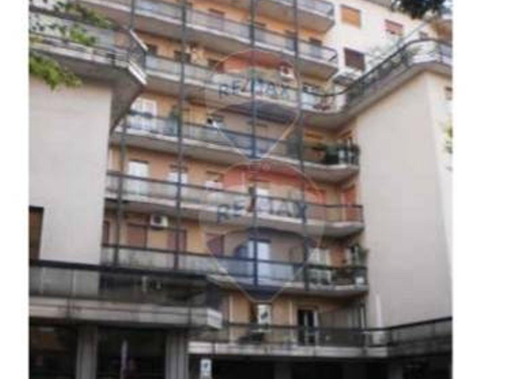 Appartamento Rho, MI Vendita