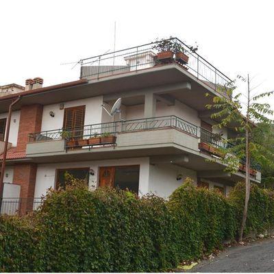 Villa a schiera Aci Catena, CT Vendita