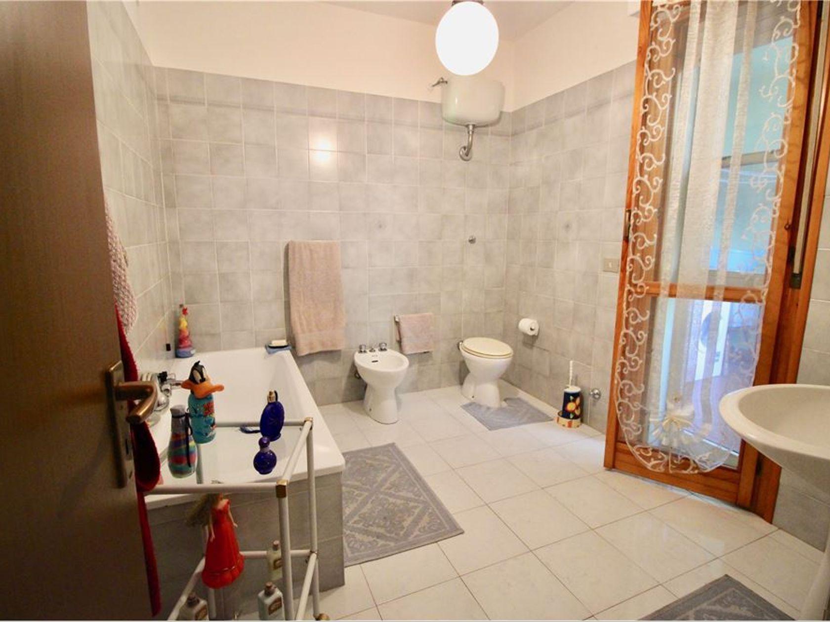Villa a schiera Ss-s.orsola Nord, Sassari, SS Vendita - Foto 11