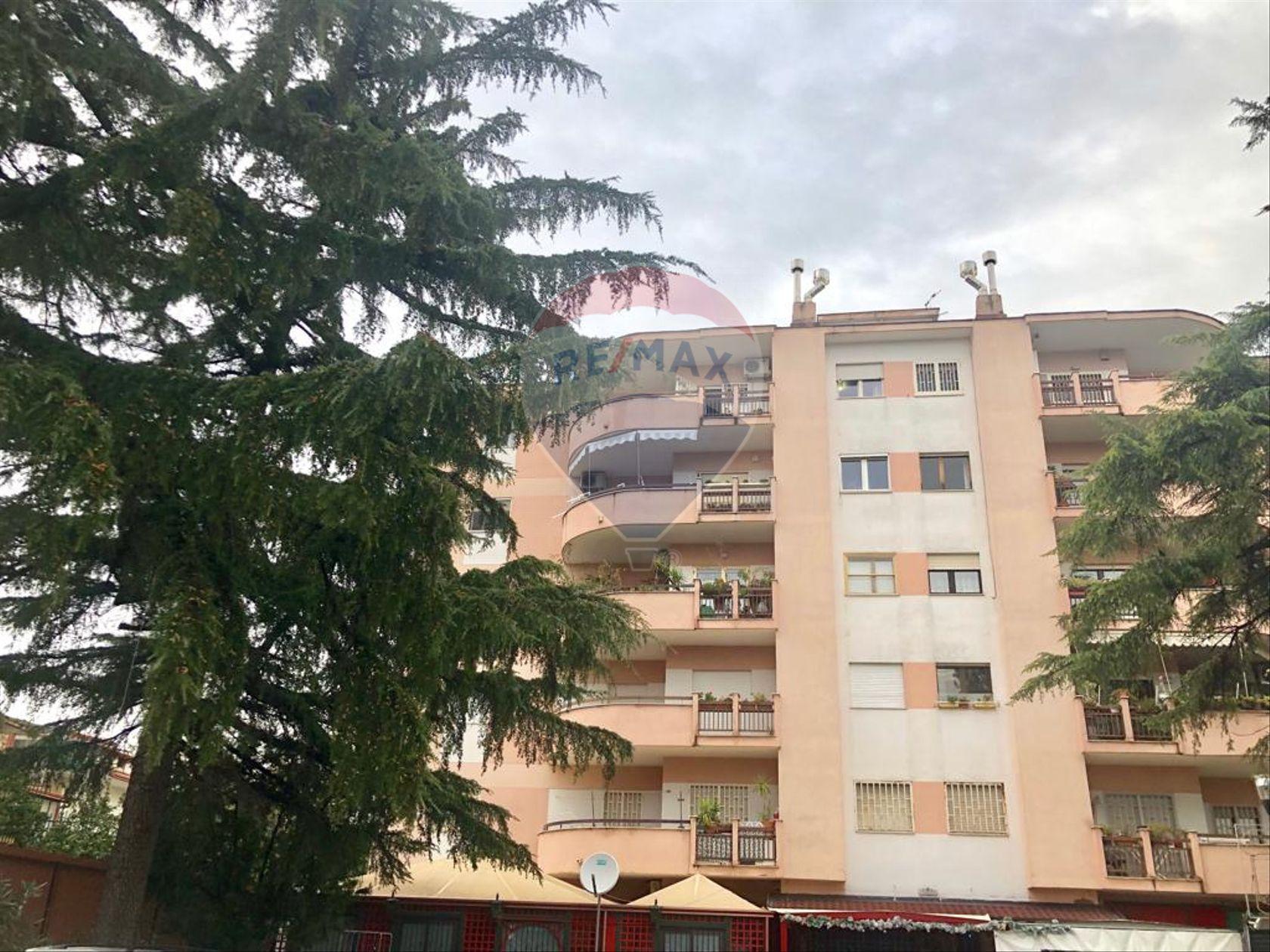 Appartamento Zona stazione, Aversa, CE Vendita