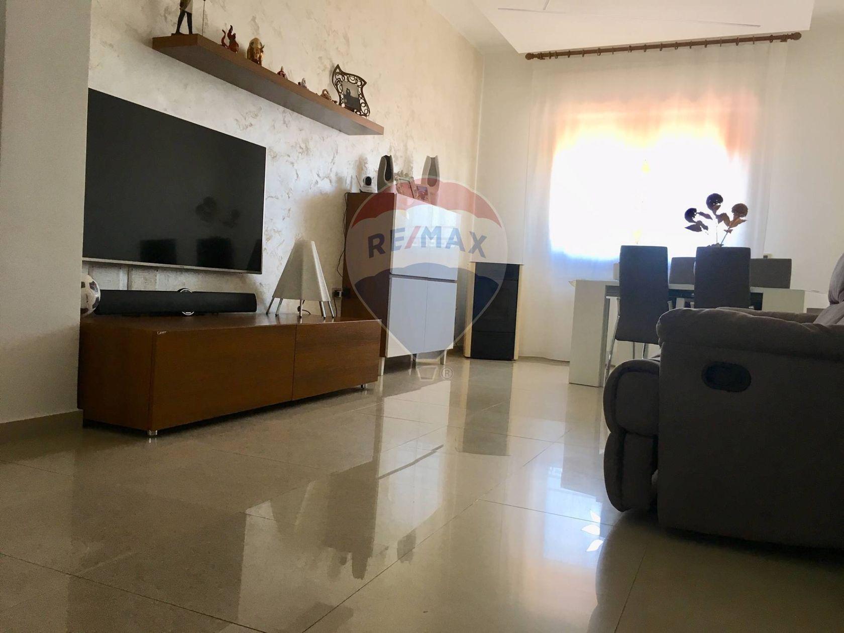 Appartamento Aversa, CE Vendita