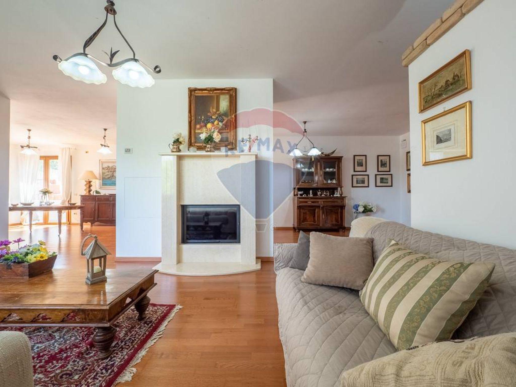 Villa singola Zona Poggio Dei Pini, Capoterra, CA Vendita - Foto 2