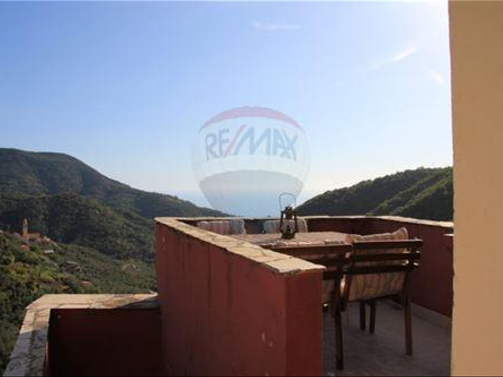 Casa Semindipendente In Vendita Moneglia 33461004-6 | RE/MAX