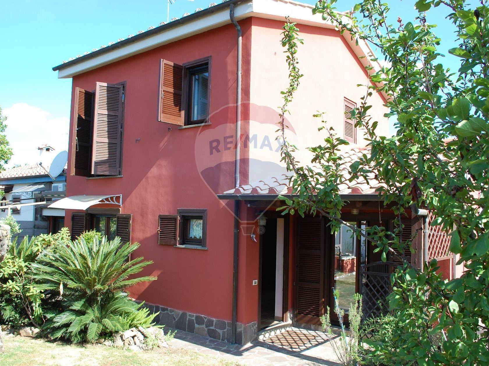 Villa singola Genzano di Roma, RM Vendita