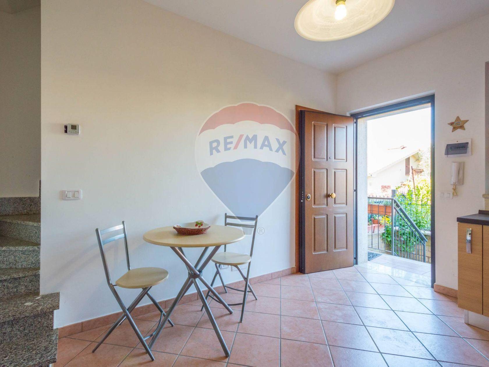 Porzione di villa Roma - Castelverde - Villaggio Prenestino, Roma, RM Vendita