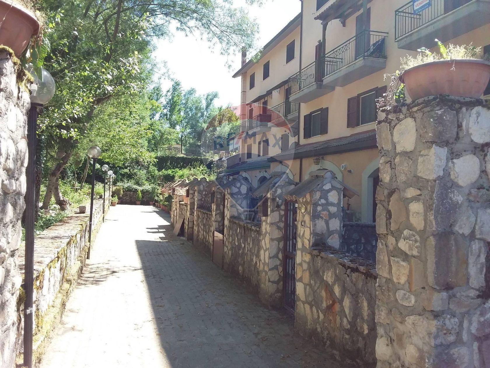 Casa Indipendente Alfedena, AQ Vendita