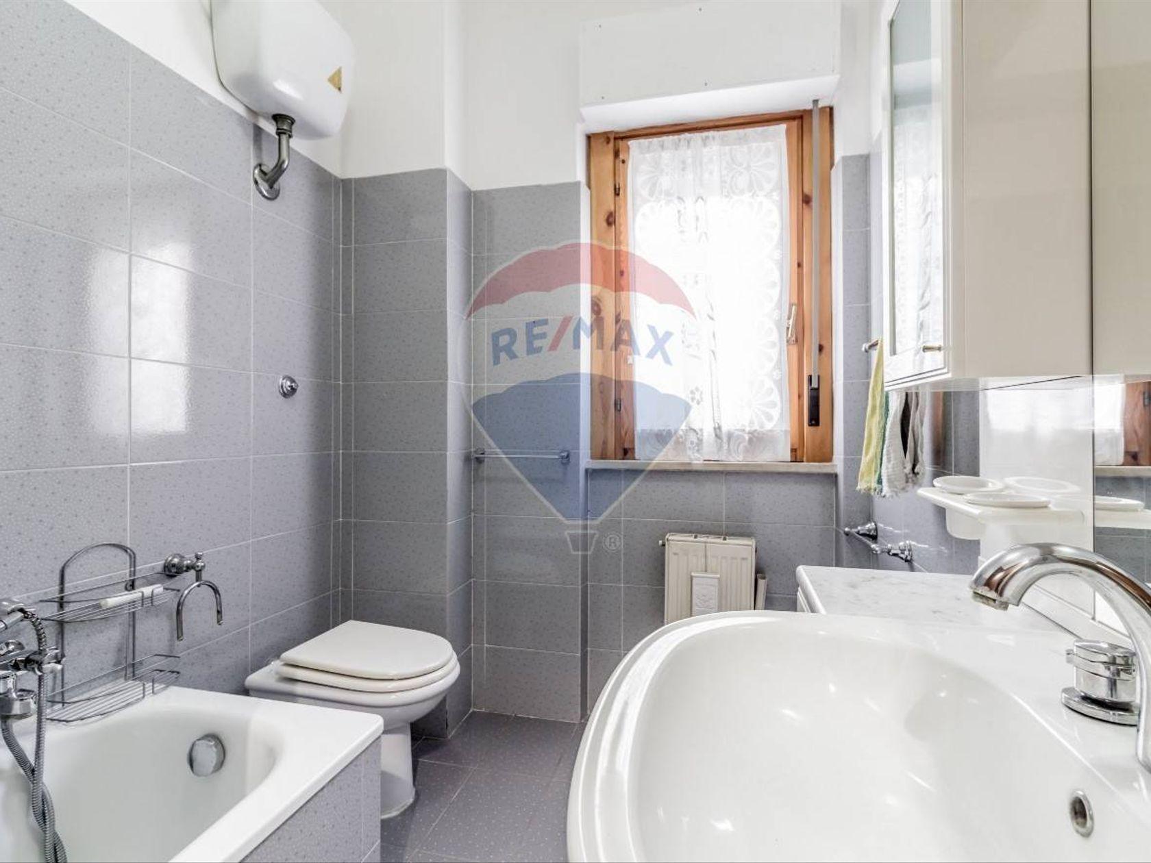 Appartamento Villa Adriana, Tivoli, RM Vendita - Foto 18