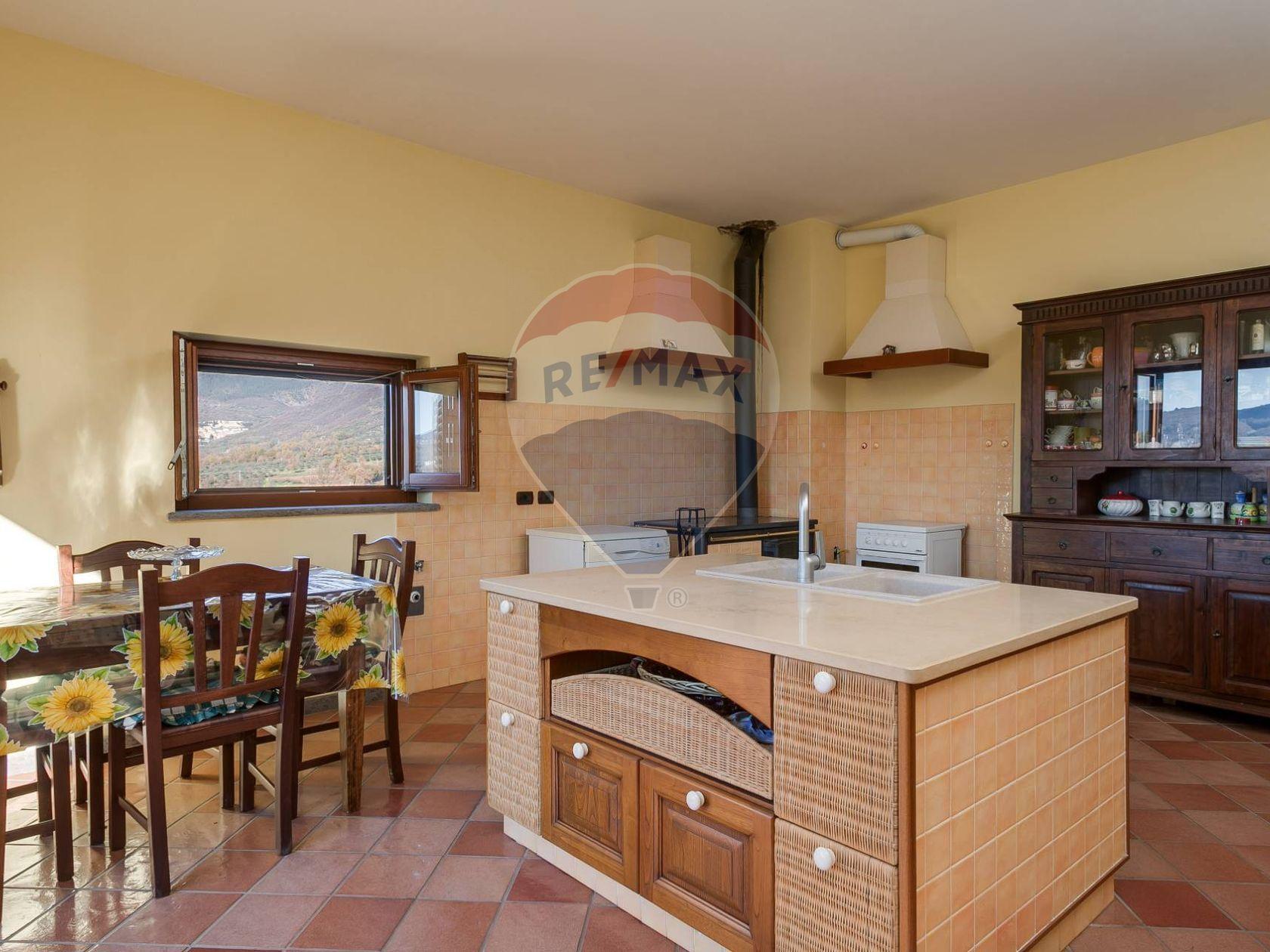 Casa Indipendente Pitocco, Vico nel Lazio, FR Vendita - Foto 8