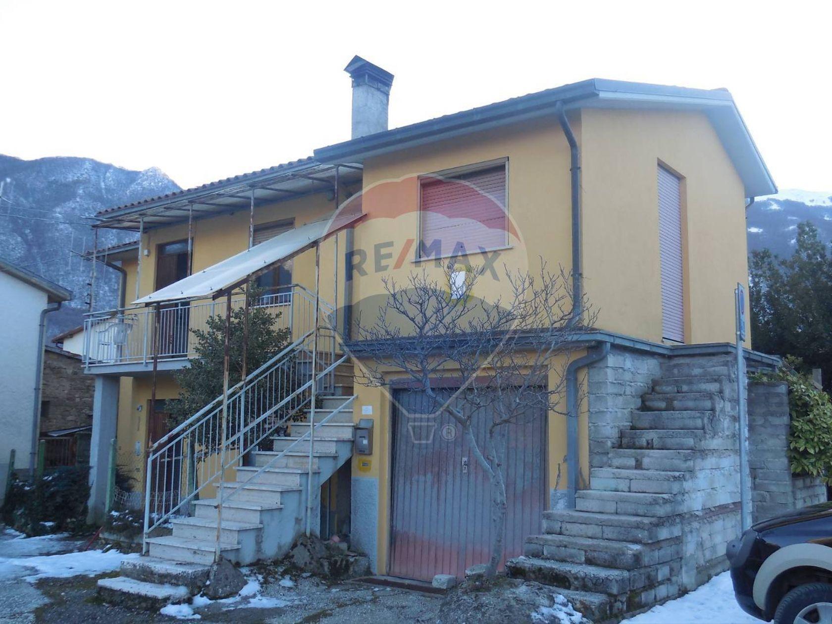 Casa Indipendente Villagrande, Tornimparte, AQ Vendita