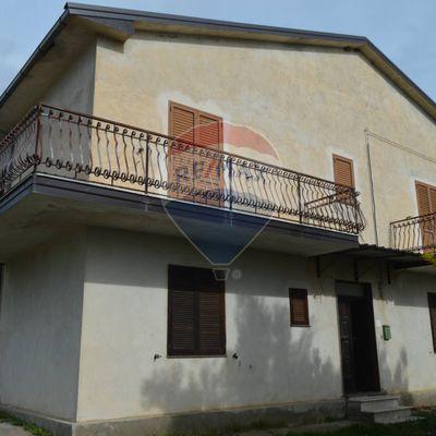 Villa o villino Altomonte, CS Vendita