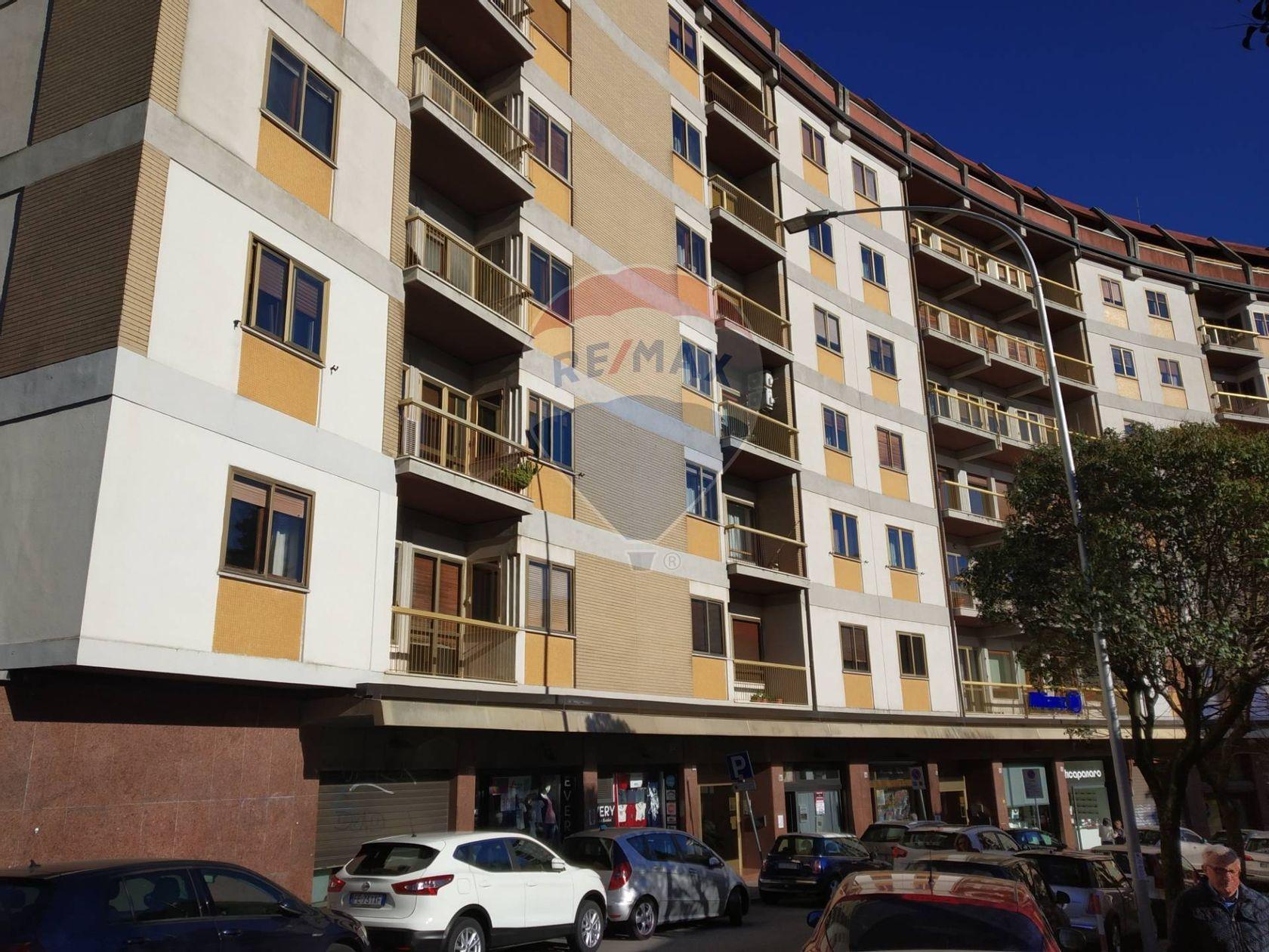 Locale commerciale in vendita catanzaro 35021001 48 re for Centro convenienza arredi catanzaro catanzaro cz