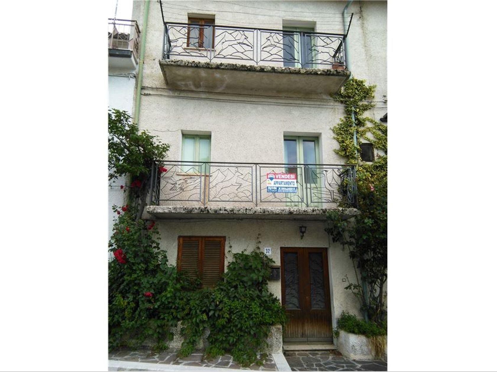 Appartamento Villetta Barrea, AQ Vendita