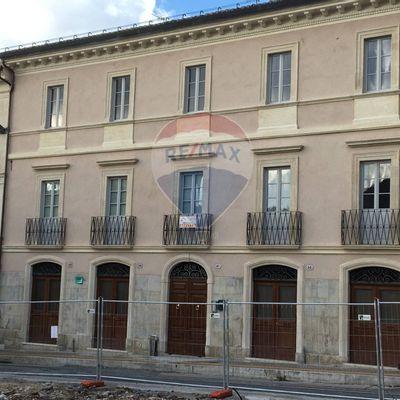 Appartamento Centro storico, L'Aquila, AQ Vendita