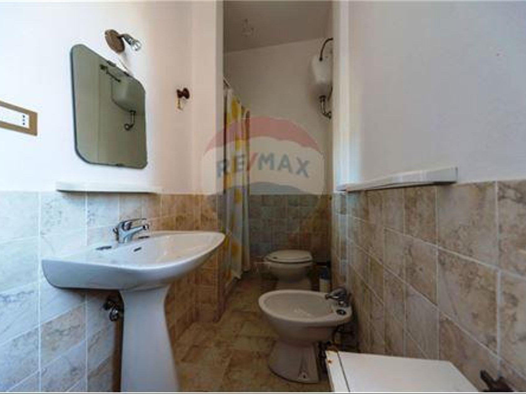 Porzione di villa Cagliari-quartiere Europeo, Cagliari, CA Vendita - Foto 19