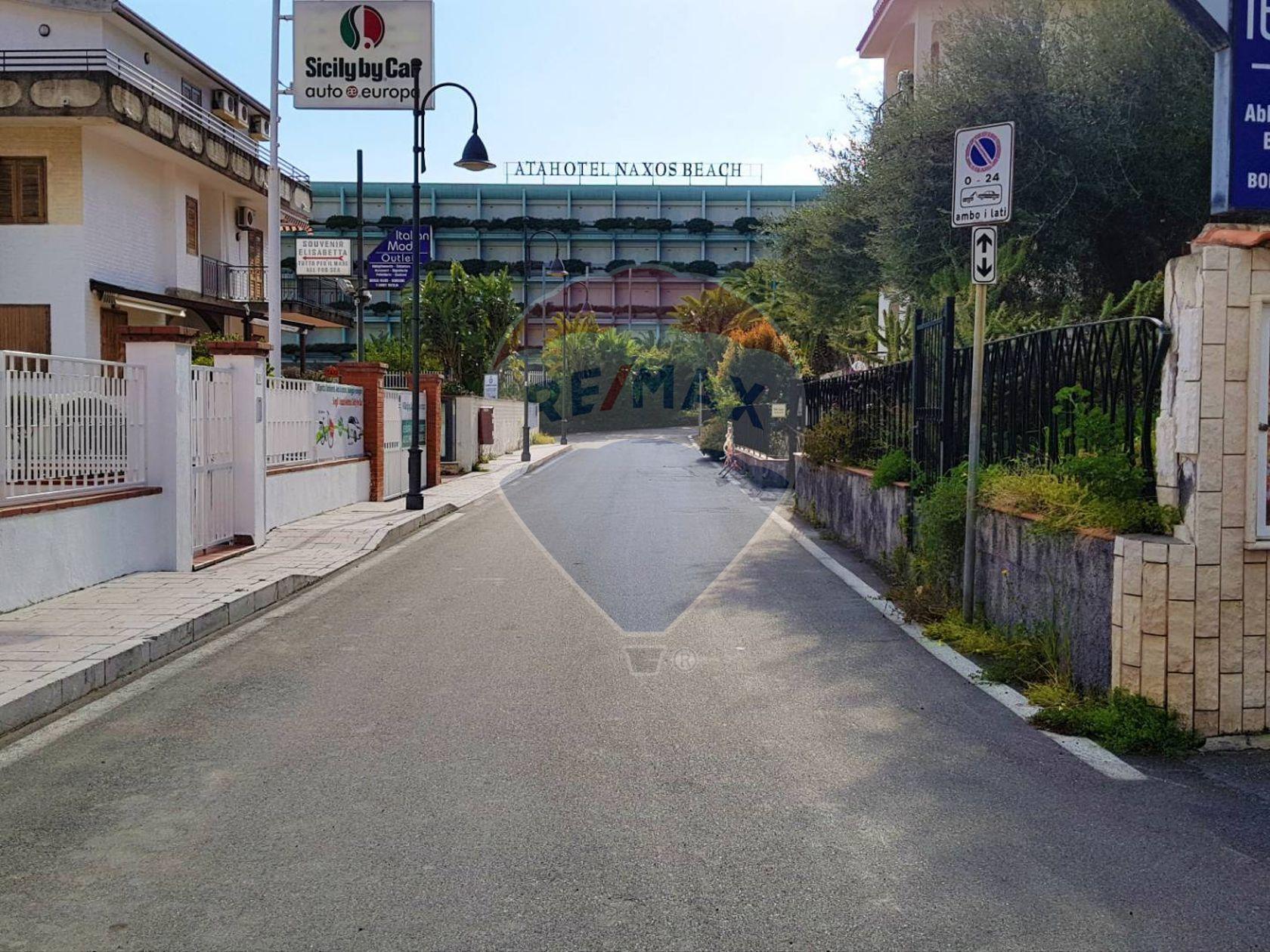 Villa singola Giardini-Naxos, ME Vendita