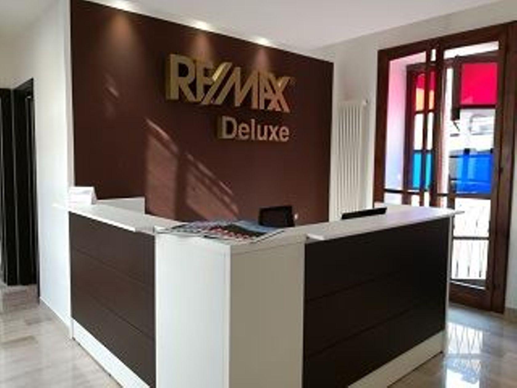 RE/MAX Deluxe Rivoli