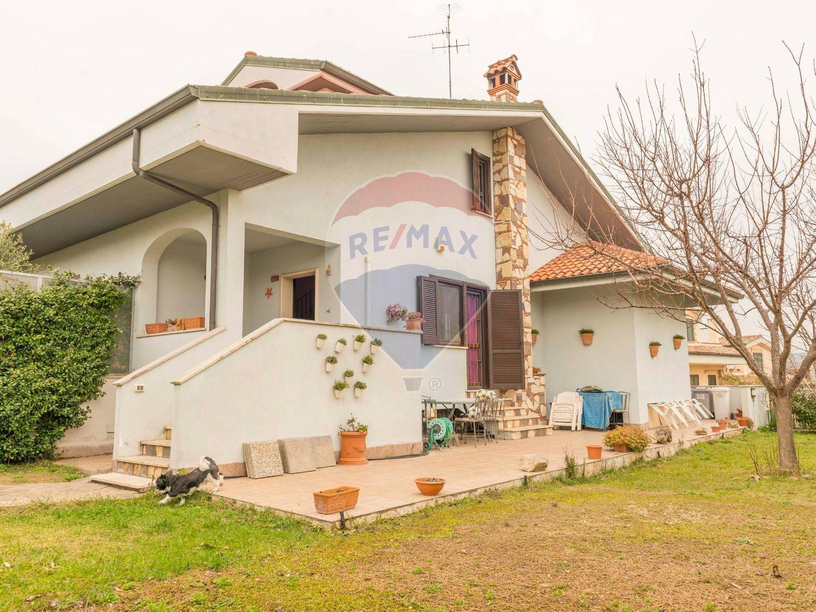 Villa o villino Marco Simone, Guidonia Montecelio, RM Vendita