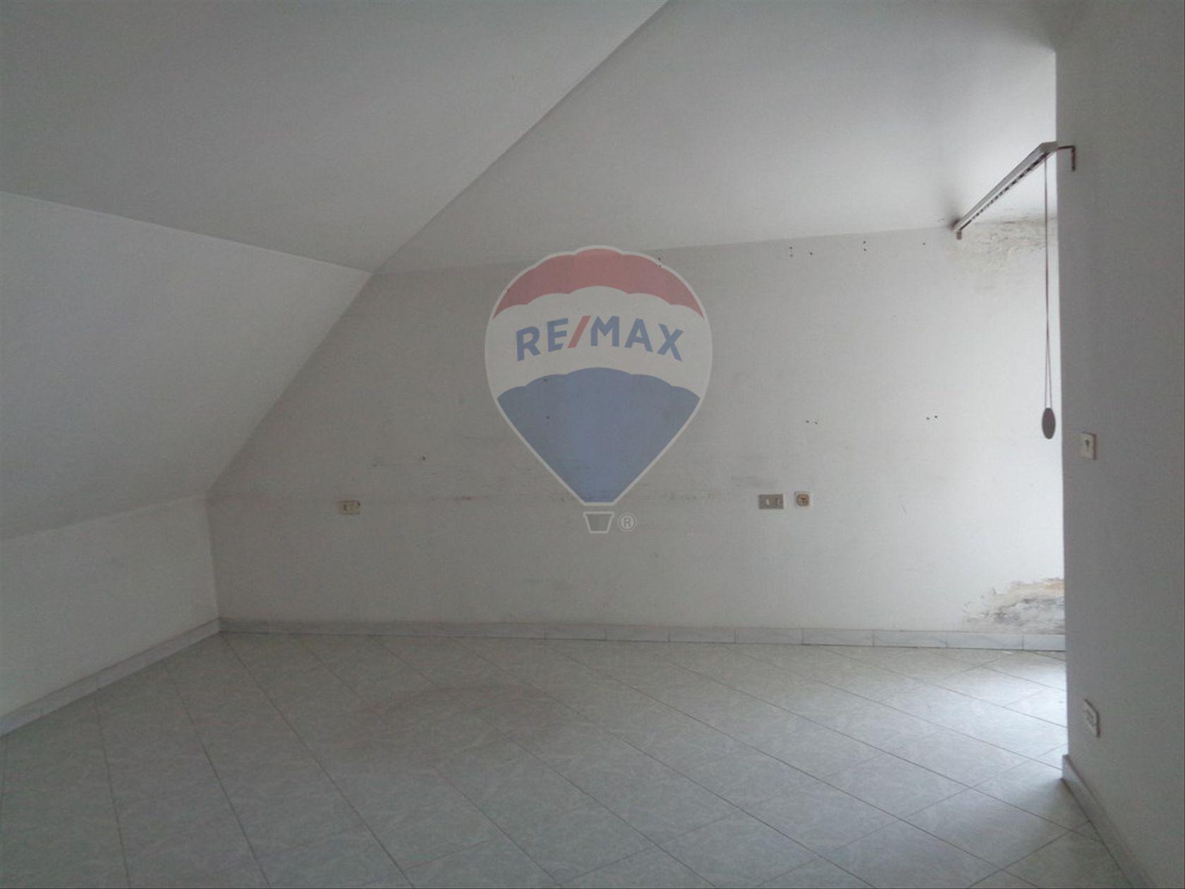 Appartamento Cesa, CE Affitto - Foto 10
