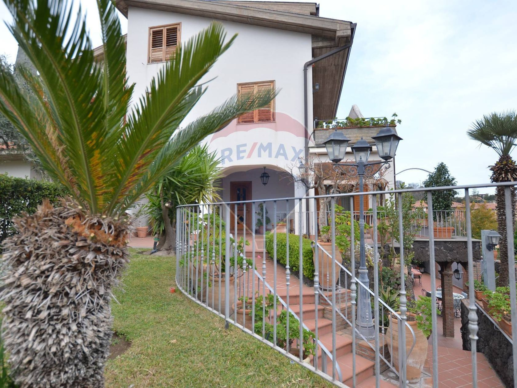 Villa singola Sant'Agata li Battiati, CT Vendita