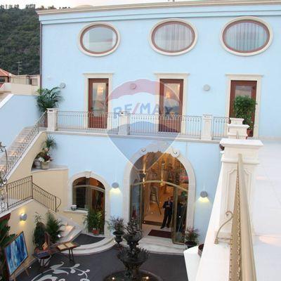Albergo/Hotel Santa Tecla Di Acireale, Acireale, CT Vendita