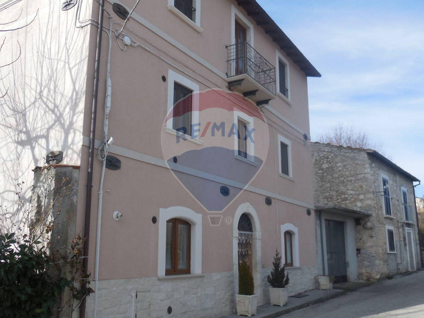 Casa Indipendente Castelvecchio Calvisio, AQ Vendita