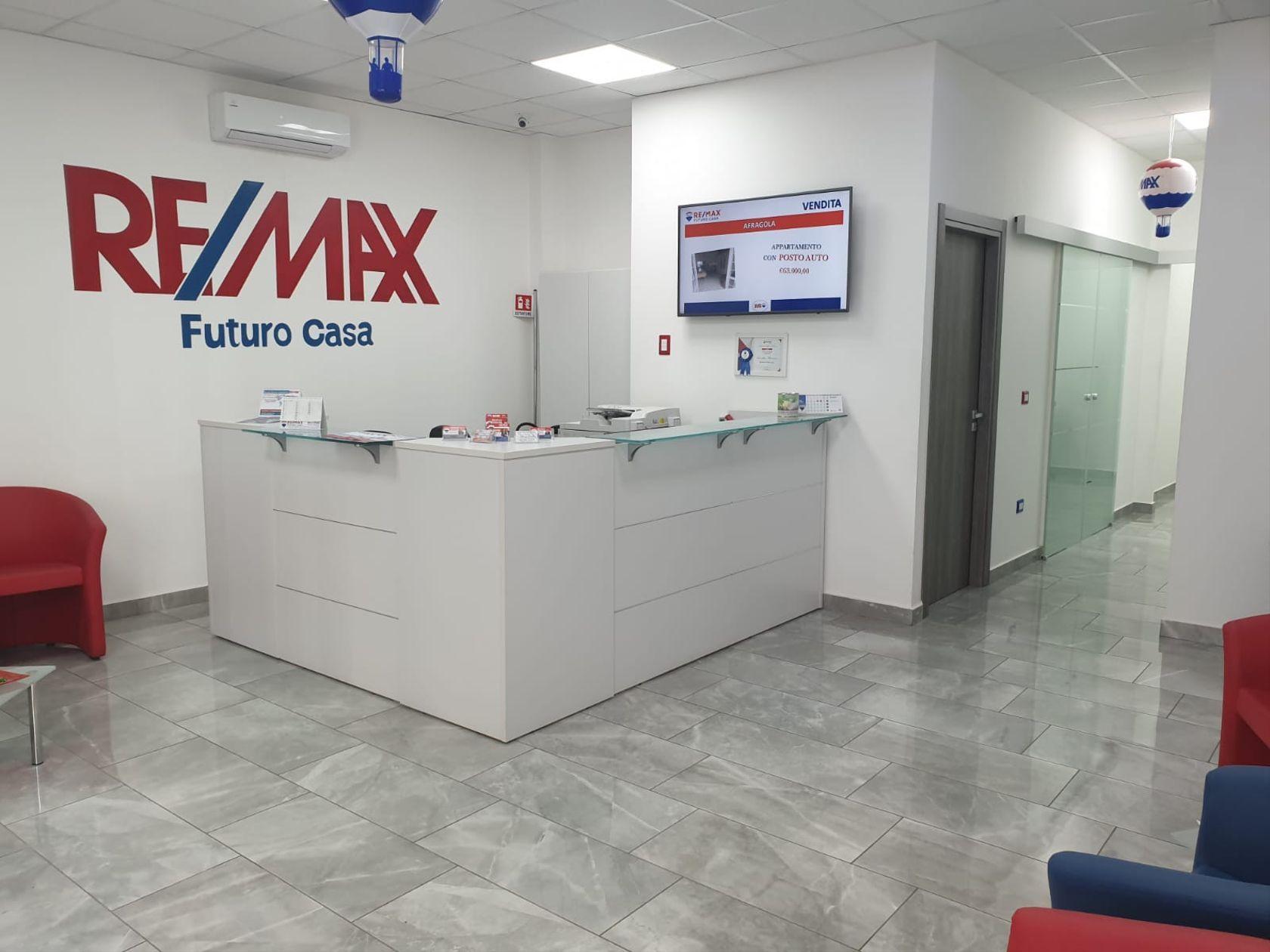 RE/MAX Futuro Casa Afragola - Foto 3
