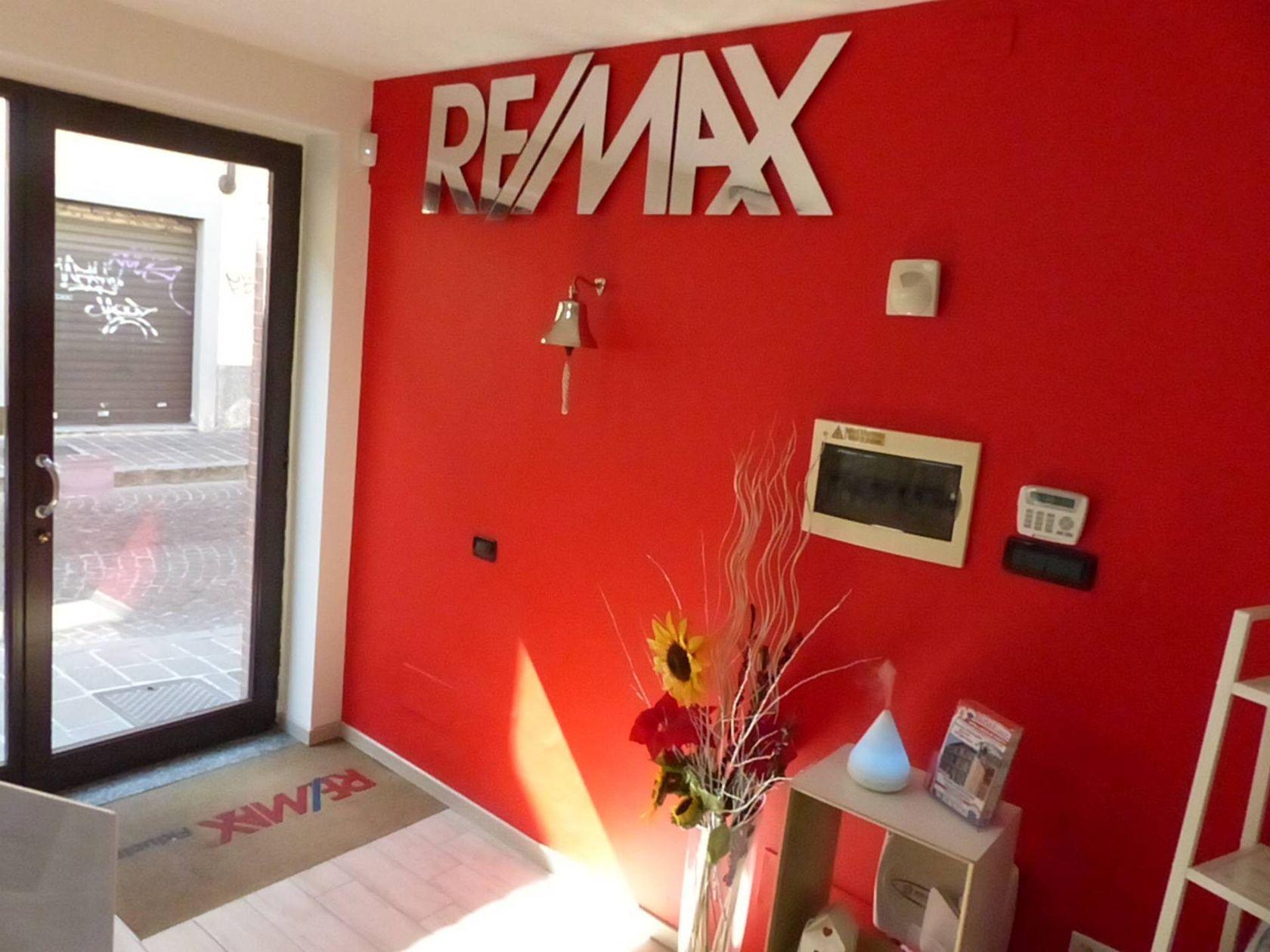 RE/MAX Fiducia Bollate - Foto 3