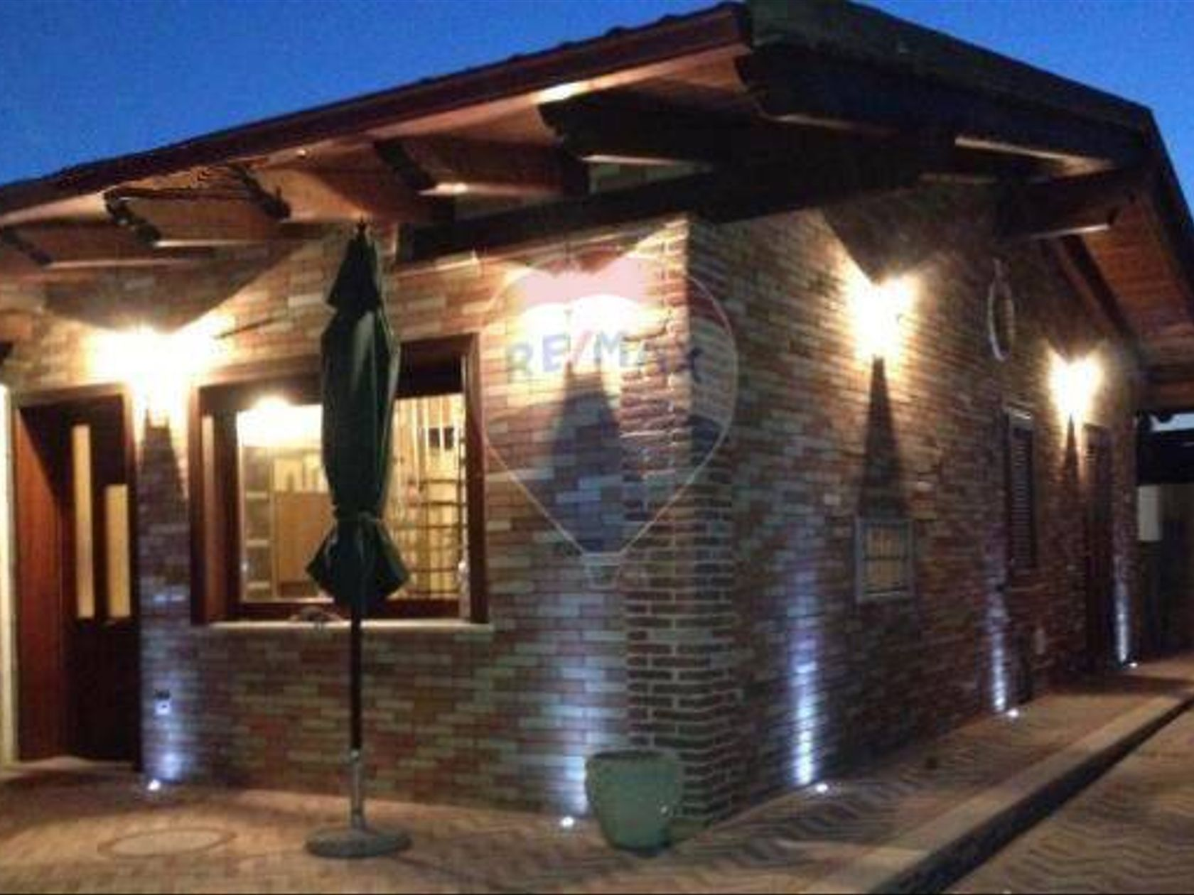 Casa Semindipendente Elmas, CA Vendita