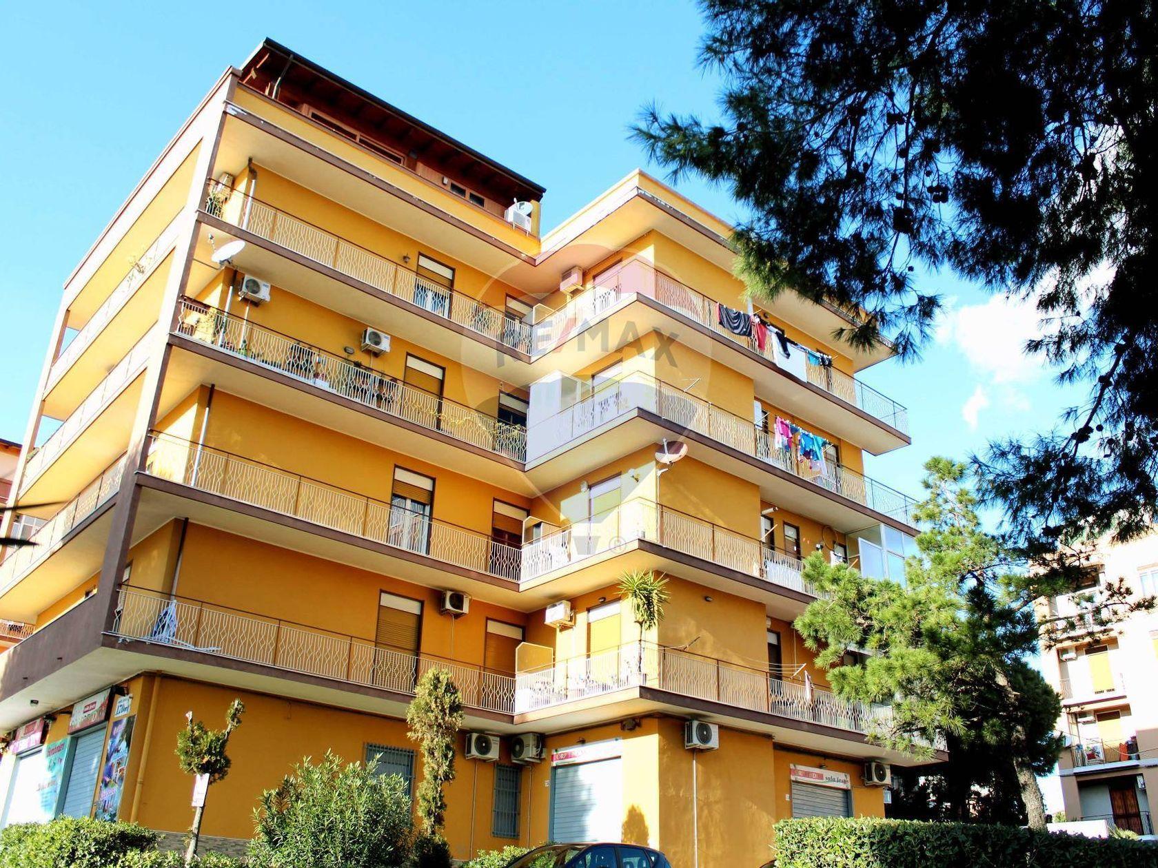 Appartamento Catania-san Leone,palermo,nesima,palestro, Catania, CT Vendita