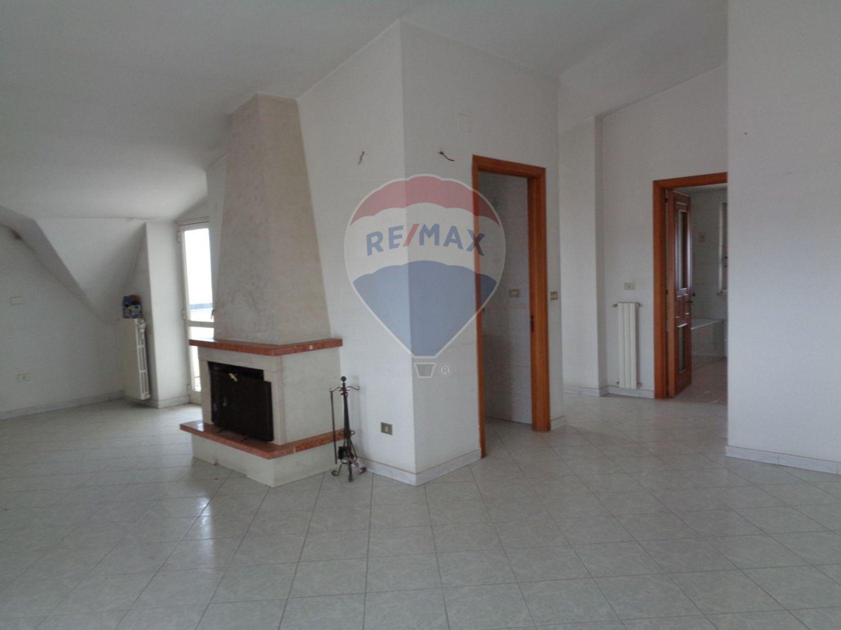 Appartamento Cesa, CE Affitto - Foto 7