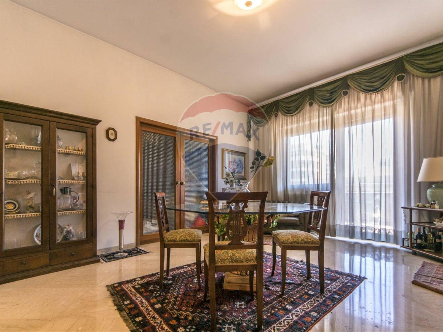Appartamento Politeama Ruggero Settimo Notarbartolo, Palermo, PA Vendita
