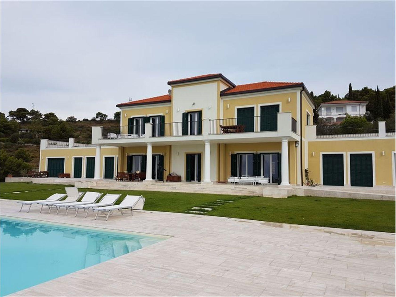Villa singola Cipressa, IM Vendita