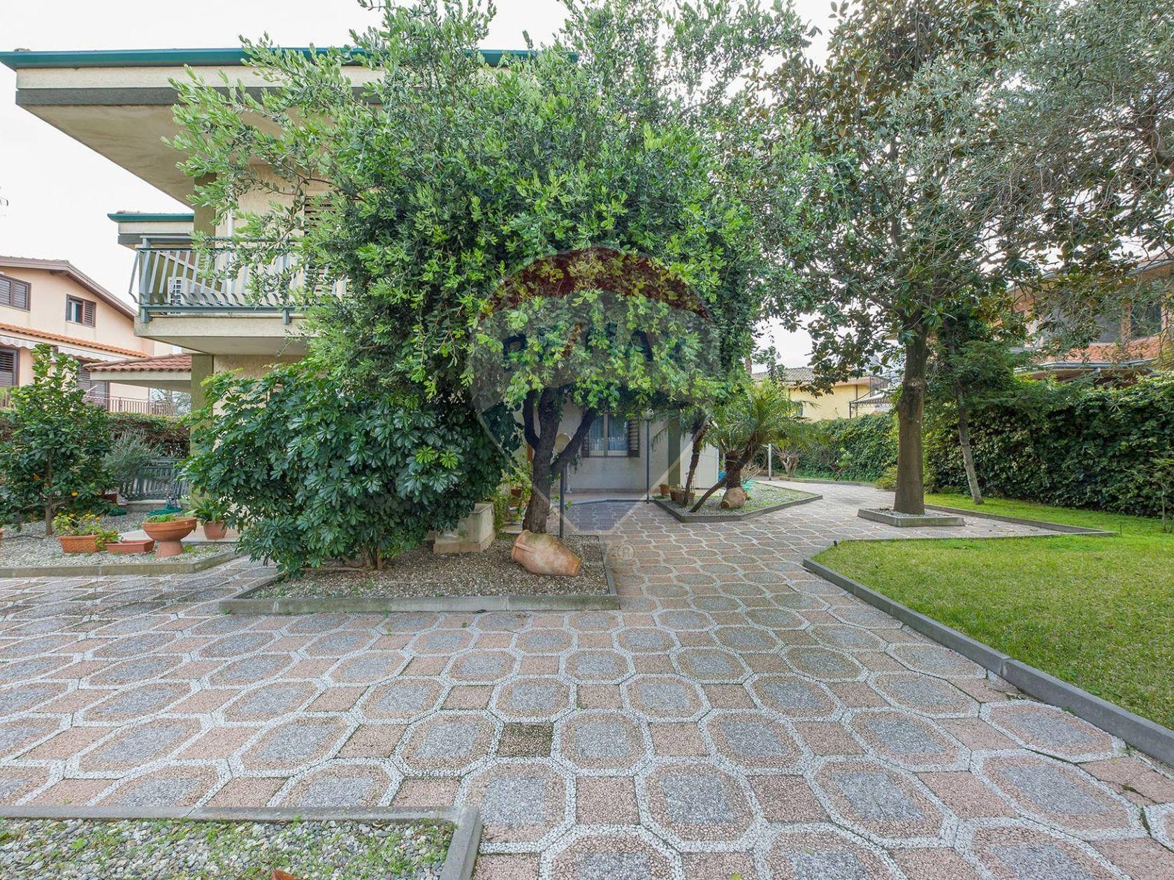 Villa singola San Giovanni la Punta, CT Vendita