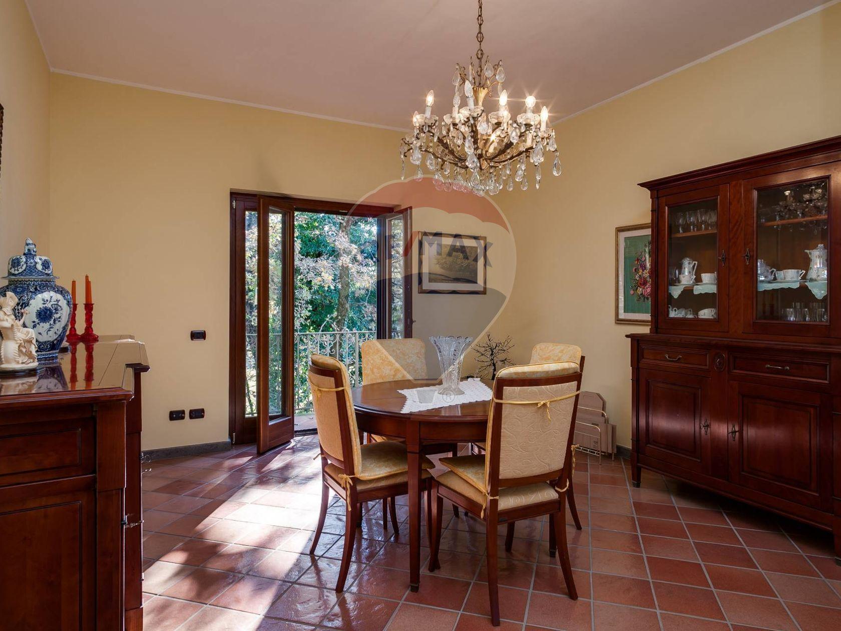 Casa Indipendente Pitocco, Vico nel Lazio, FR Vendita
