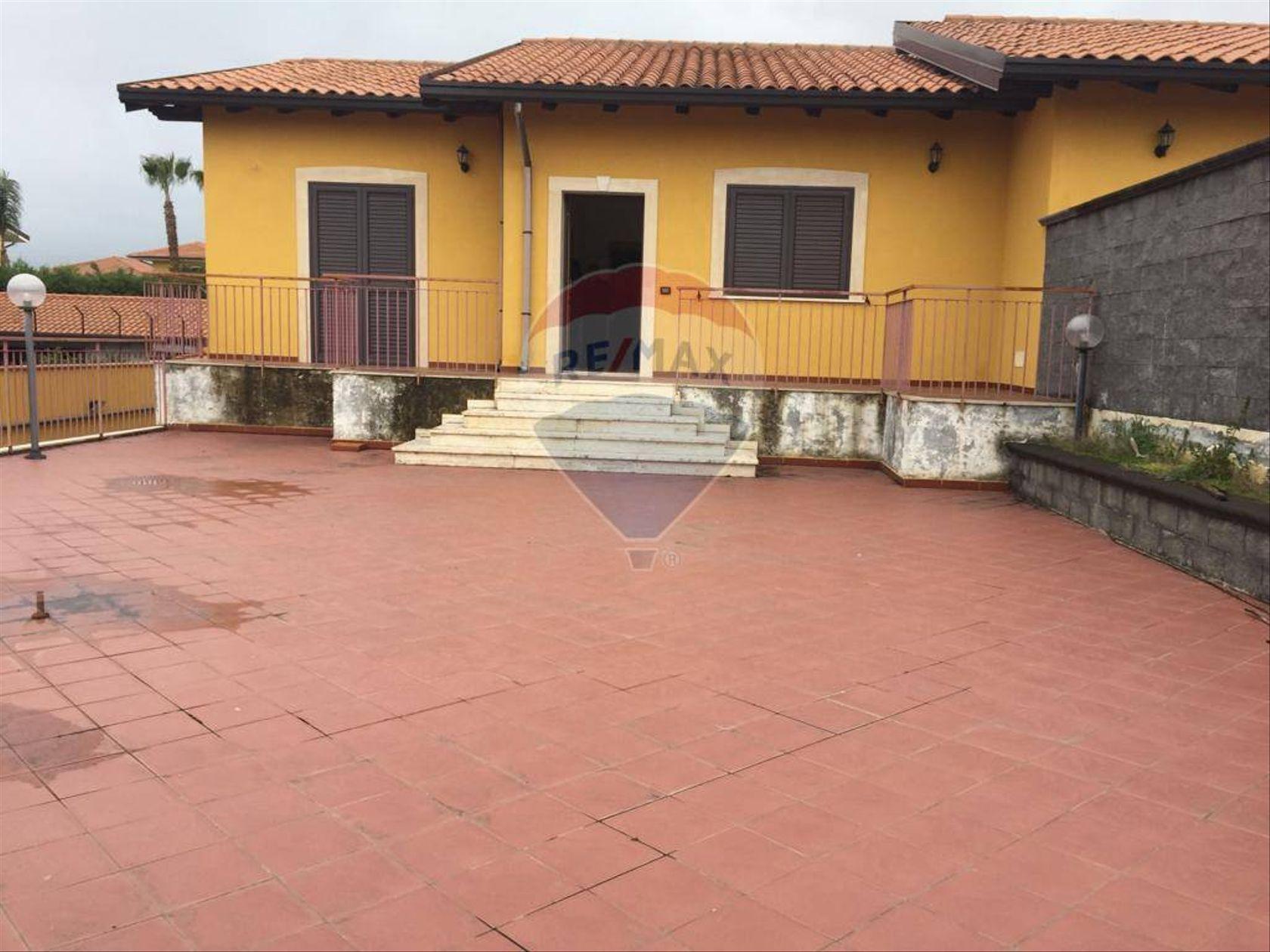 Villa singola Mascalucia, CT Vendita