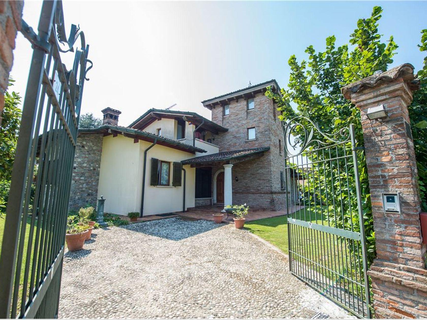 Villa singola Leno, BS Vendita