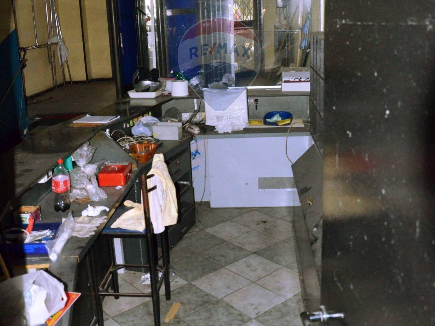 Locale Commerciale Catania-vulcania,caronda,lincoln,imbriani,province, Catania, CT Vendita - Foto 3