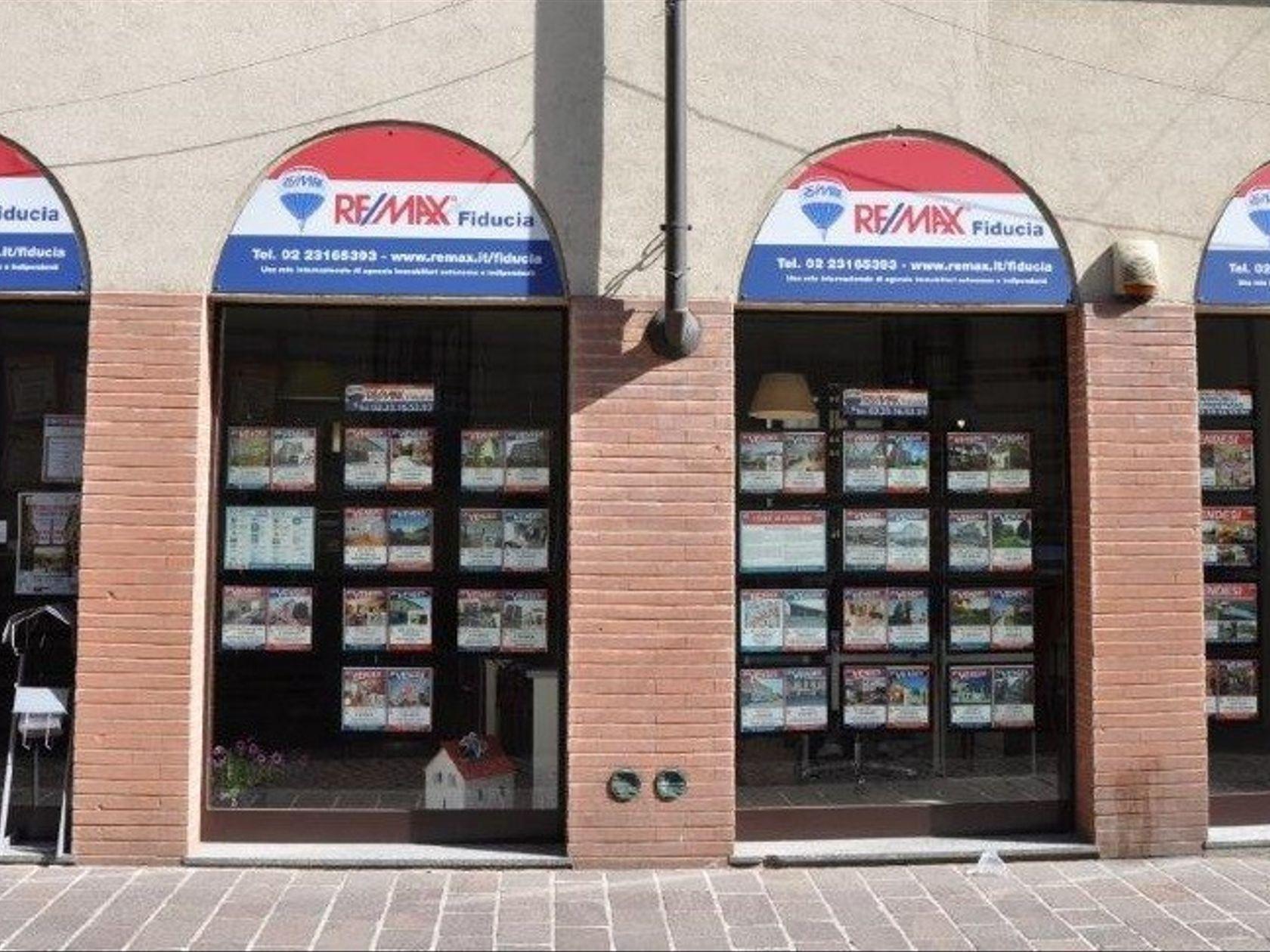RE/MAX Fiducia Bollate - Foto 2